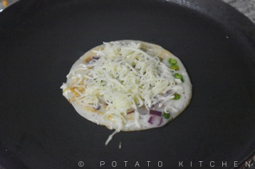 CHILLI CHEESE UTHAPPAM (4)