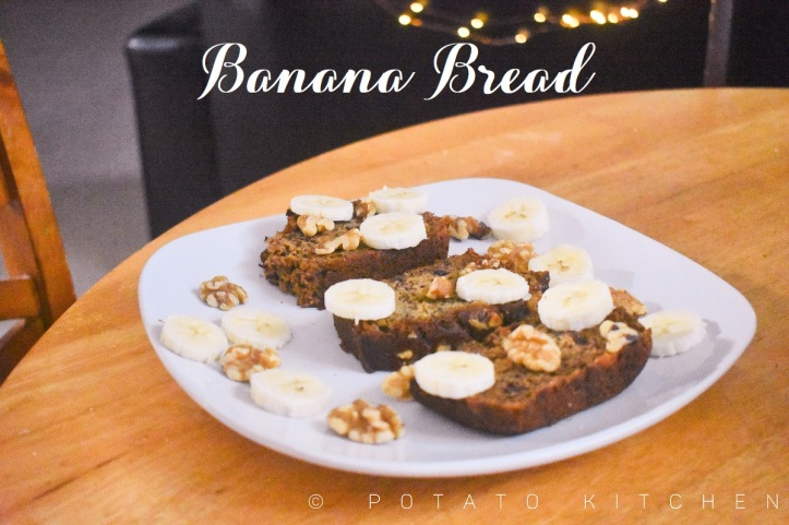 EGGLESS BANANA BREAD (9).jpg