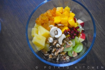 FRUIT SALAD WITH HONEY DRESSING (2)