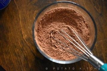CHOCOLATE MUG CAKE 1 (2)